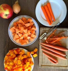 Oranges Gemüse, Kürbis, Karotten und Möhren
