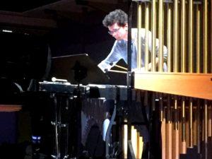 Johannes Fischer am Schlagzeug