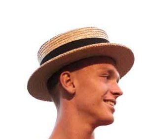 Mann mit Boater-Hut