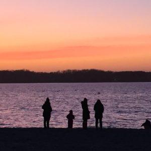 Sonnenuntergang am Strand in Laboe